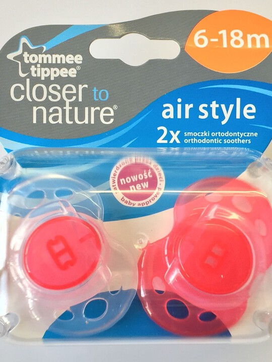 Tommee Tippee Closer to Nature Air Style Soothers 6-18 months (2 Pack) - Red image number 1