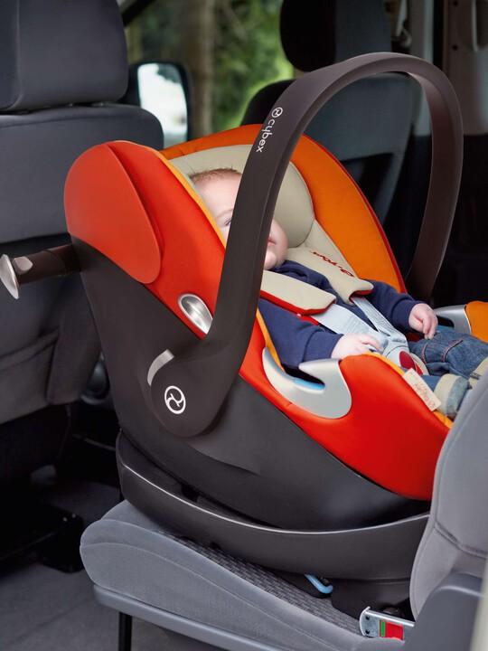 CYBEX Aton Q Car Seat - Black Jack image number 4
