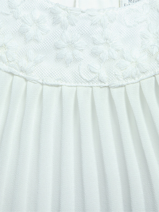 Pleated Dress with Lace Collar image number 2