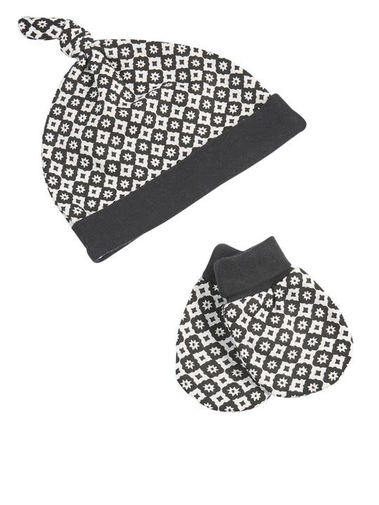 6 Piece Monochrome Clothing Set image number 4