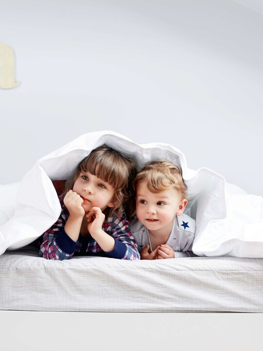 Anti Allergy Cotbed Duvet & Pillow Set image number 3