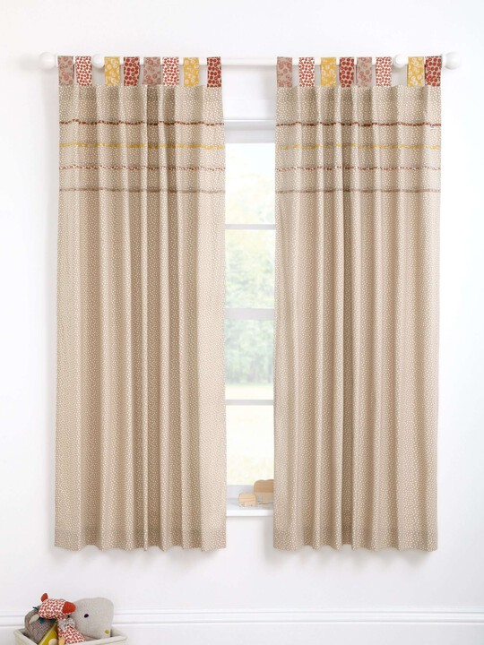 Zam Bee Zee - Lined Tab Top Curtains (W: 132 x L: 160cm) image number 3
